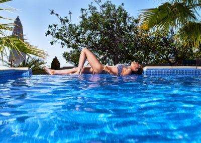 002- Pool mit Jenni 1
