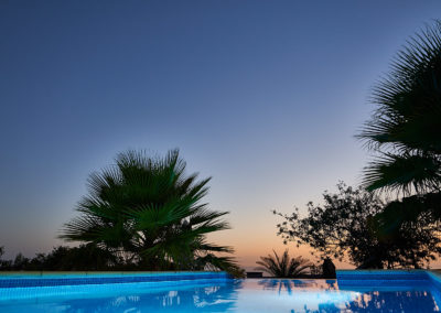 19-08-19 Casa Helena Pool bei Nacht 10